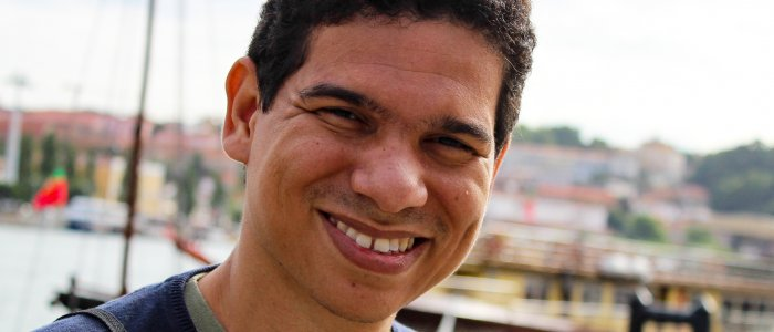Leonardo Oliveira vence Prémio Literário UCCLA