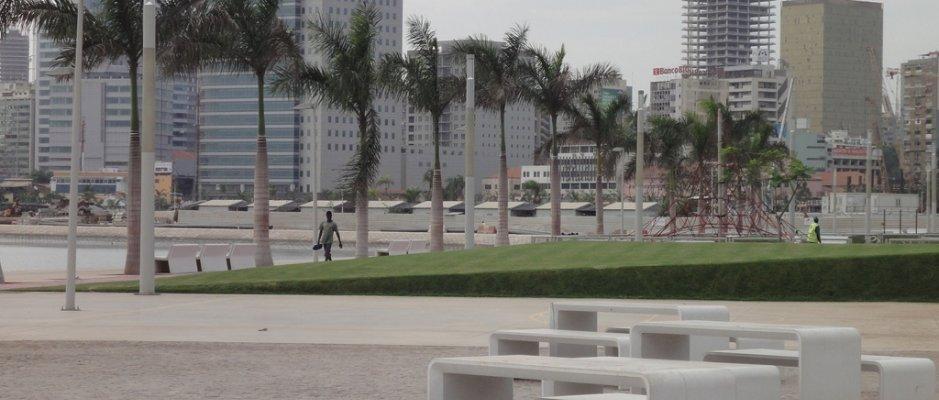 Visita da delegação da UCCLA a Luanda