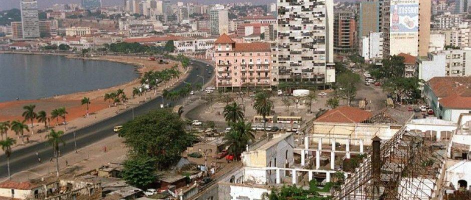 Luanda vai requalificar jardins e espaços verdes e ter mais iluminação pública  O governo provincial de Luanda (Membro Efetivo da UCCLA), em Angola, lançou um programa de requalificação dos jardins e o reforço da iluminação pública, com vista a promover a