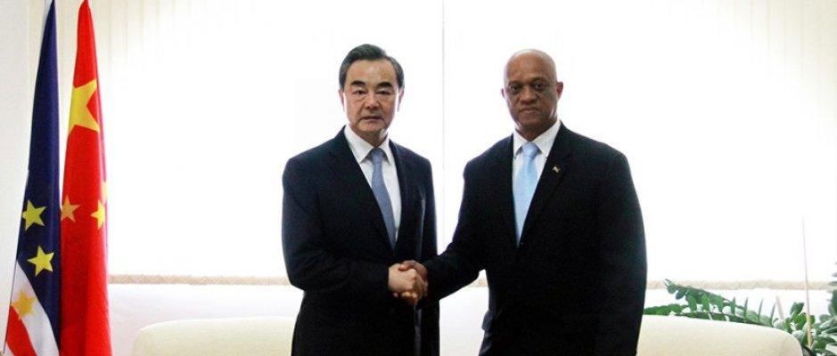 Cabo Verde e China negoceiam acordo aéreo