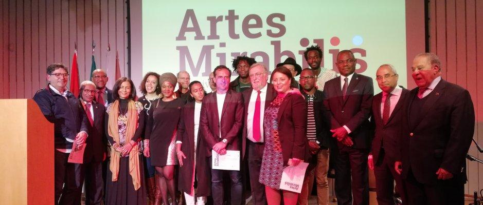 """Encerramento da exposição """"Artes Mirabilis - Colectiva de Artistas Plásticos Angolanos"""""""