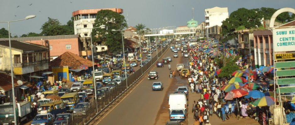Colaboração com Bissau - Protocolo entre a UCCLA e a Fundação GALP