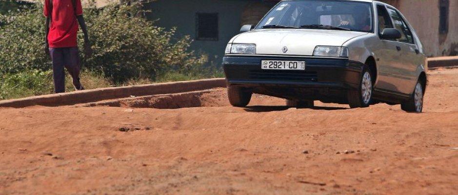 Recuperação de estradas rurais na Guiné-Bissau