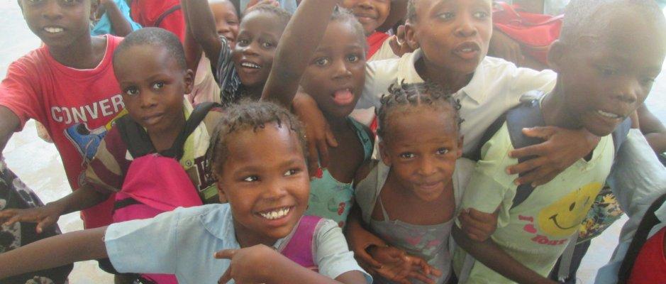Divisão da Rede de Bibliotecas convidada a participar em projeto na Ilha de Moçambique