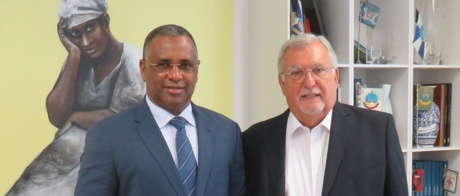 Encontro com presidente da Câmara Municipal da Praia