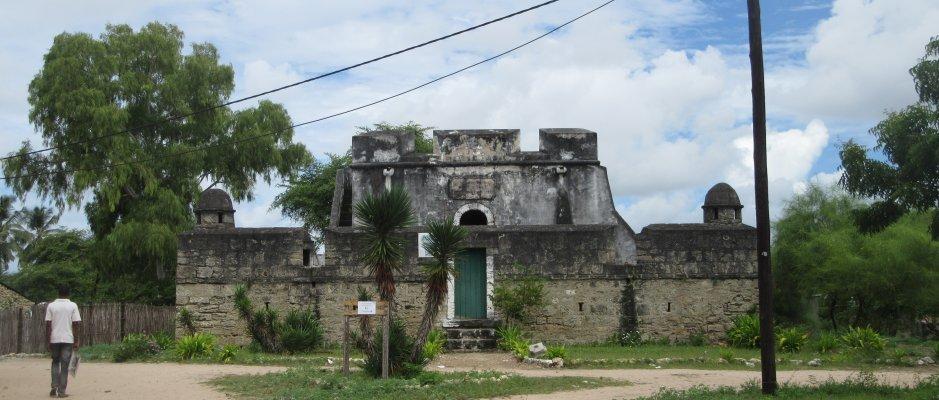 UCCLA convida administrador da Ilha do Ibo a visitar a sua sede