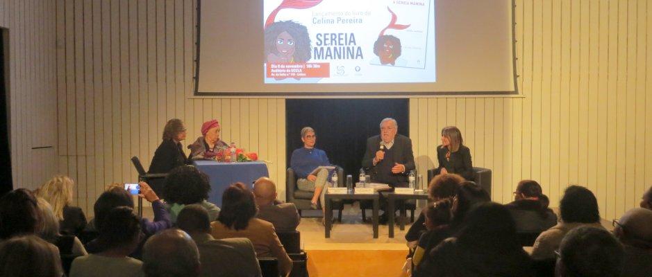 """Apresentação de """"A sereia Mánina e os seus sapatos vermelhos"""" de Celina Pereira"""