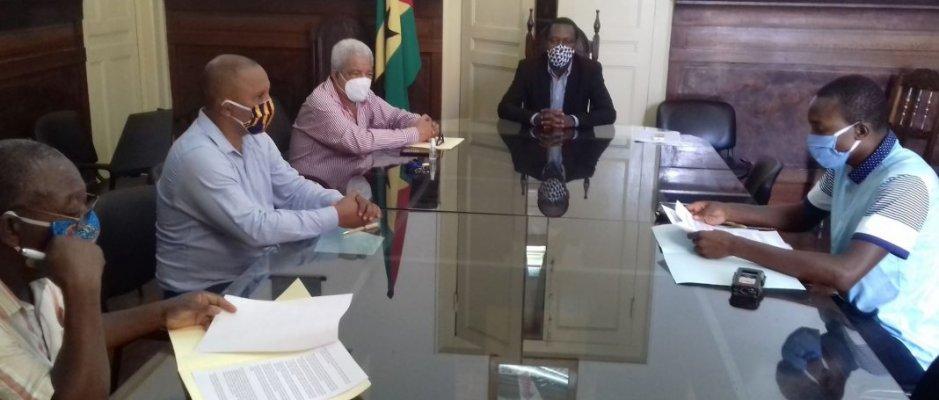 """Assinatura do protocolo """"São Tomé e Príncipe 100% Biológico"""""""