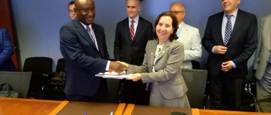 Reabilitação de estrada em São Tomé e Príncipe