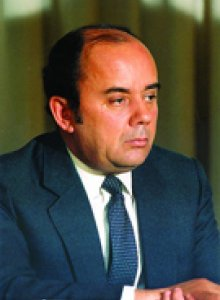 Nuno Kruz Abecasis