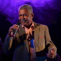 Morreu o cantor angolano Carlos Burity