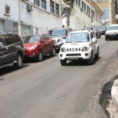 Novo asfalto na cidade de Luanda