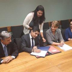 Salvador assina primeiro contrato com Banco Mundial