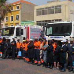 Câmara de São Vicente reforça frota de recolha de lixo