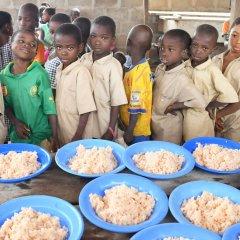 Programa da ONU leva assistência alimentar a crianças na Guiné-Bissau