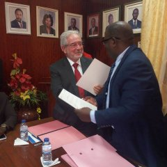 Acordo de cooperação entre Oeiras e Bissau
