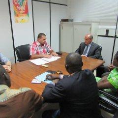 Acordo de colaboração entre a UCCLA e o Instituto Nacional de Estudos e Pesquisa