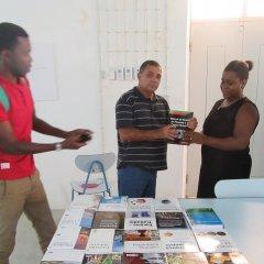 Polo da Universidade Lúrio na Ilha de Moçambique recebe livros em diversas áreas
