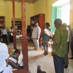 Inauguração da biblioteca pública distrital da Ilha de Moçambique