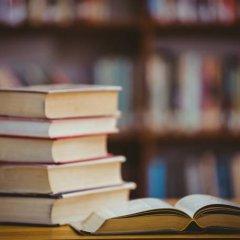 Munícipes de Guimarães desafiados a doarem livros a quem necessita