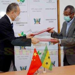 São Tomé e Príncipe e China assinam acordo da 3.ª Fase de Cooperação Anti-paludismo no país